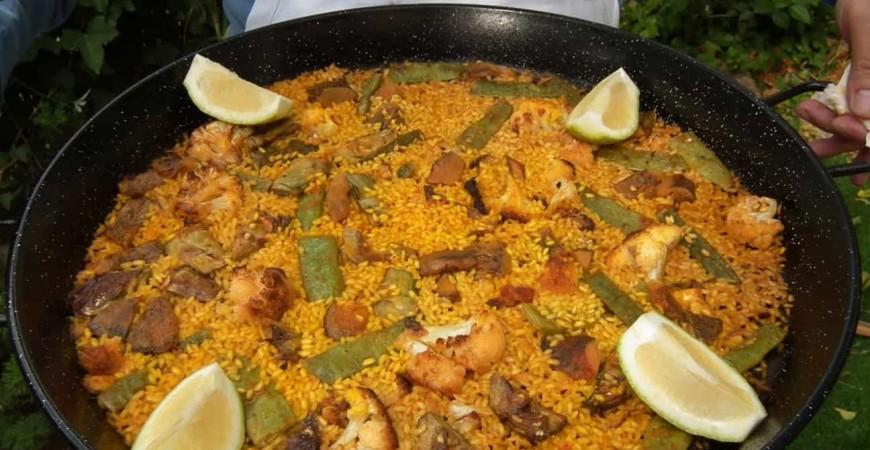 Guia facil de arroz con col, bacalao y rebollones